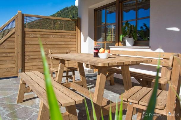 Pircher mobili da giardino in legno for Mobili per terrazzi e giardini