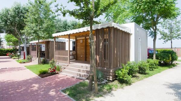 Campingplätze & Feriendörfer