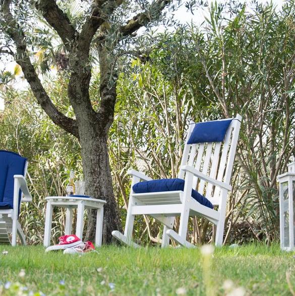 Pircher, stilvolle Möbel im Garten