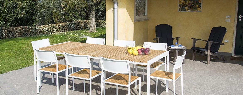 Offerte Tavoli Da Giardino Legno.Pircher Mobili Da Giardino In Legno